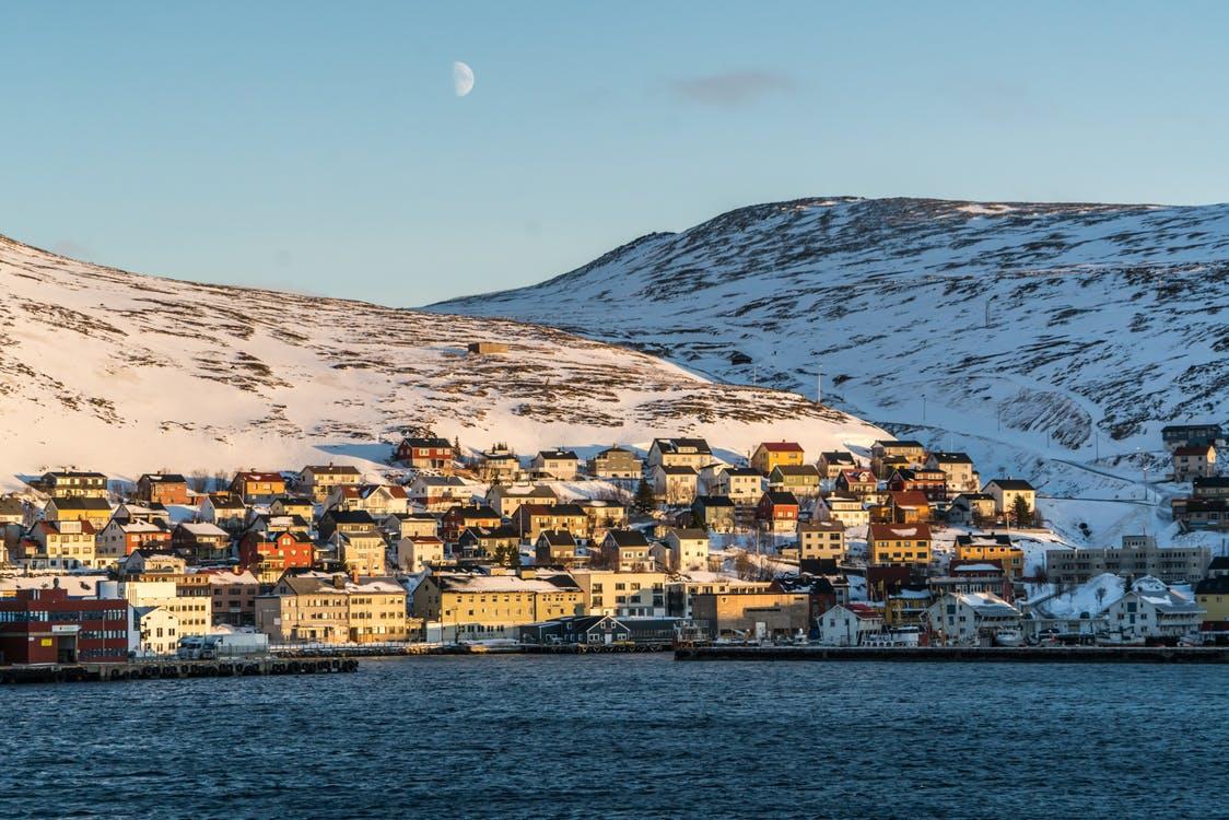 Warto skorzystać z oferty biura tłumaczeń norweskiego